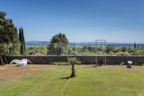 Luxury Villa for sale L'ISLE SUR LA SORGUE, 305 m², 4 Bedrooms, €1400000