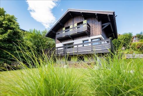 Luxe Landhuis te koop COMBLOUX, 136 m², 4 Slaapkamers, 1260000€