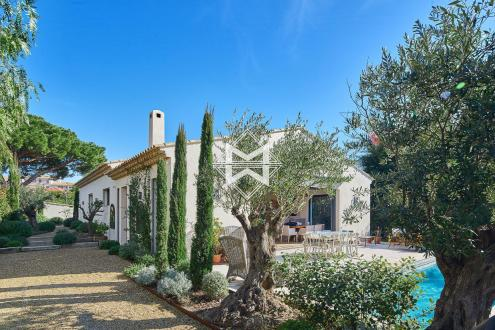 Luxury House for rent SAINT TROPEZ, 200 m², 4 Bedrooms,