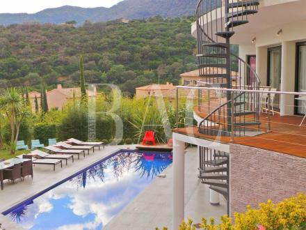 Luxus-Villa zu verkaufen CAVALAIRE SUR MER, 350 m², 5 Schlafzimmer, 1450000€