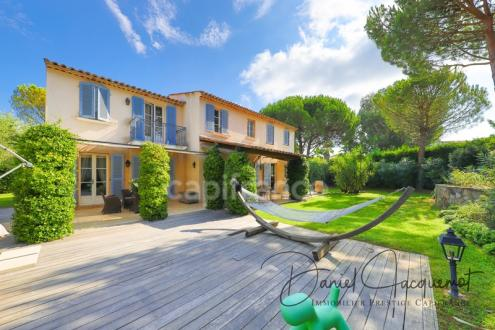 Villa de luxe à vendre SAINT TROPEZ, 200 m², 4 Chambres, 3052632€