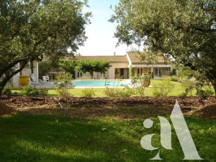 Luxury House for sale EYGALIERES, 231 m², 4 Bedrooms, € 1 950 000