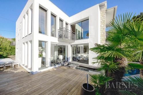 Luxury House for rent CANNES, 280 m², 5 Bedrooms,