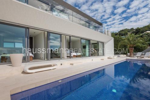 Дом класса люкс на продажу  Вильфранш-Сюр-Мер, 260 м², 4 Спальни, 6300000€