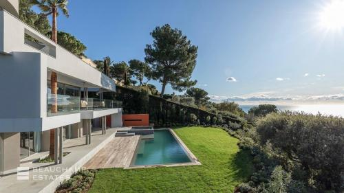 Luxury Villa for sale LE CANNET, 350 m², 5 Bedrooms, €8900000