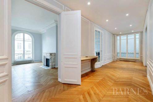 Appartement de luxe à louer PARIS 16E, 236 m², 4 Chambres, 6500€/mois