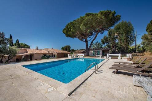 Villa de luxe à vendre SAINT TROPEZ, 300 m², 7 Chambres, 5000000€