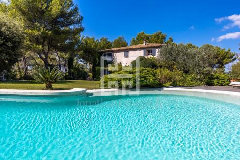 Maison de luxe à louer AIX EN PROVENCE, 300 m², 5 Chambres,