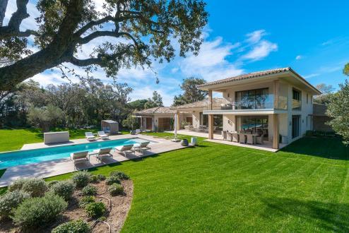 Maison de luxe à vendre SAINT TROPEZ, 510 m², 5 Chambres, 17500000€