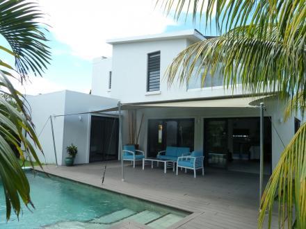 Luxury Villa for sale Mauritius, 220 m², 4 Bedrooms, €775200