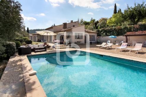 Villa de luxe à vendre SEILLANS, 180 m², 5 Chambres, 595000€