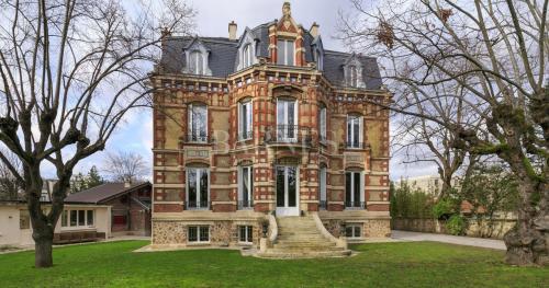 Hôtel particulier de luxe à vendre CHATOU, 480 m², 6 Chambres, 3480000€