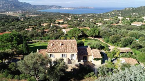 Villa de luxe à vendre LUMIO, 308 m², 8 Chambres, 3105000€