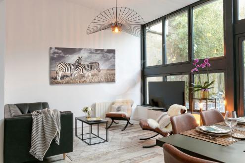Дом класса люкс на продажу  Бордо, 250 м², 8 Спальни, 1500000€