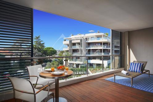 Luxury Apartment for sale CAP D'ANTIBES, 44 m², 1 Bedrooms, €590000