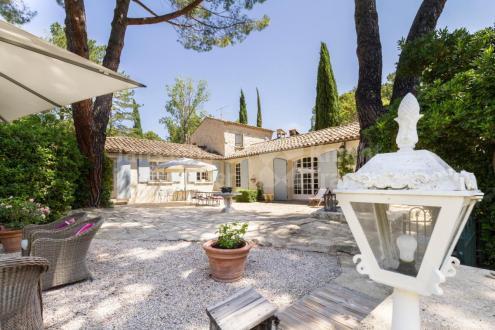 Villa de luxe à vendre LOURMARIN, 165 m², 4 Chambres, 1290000€