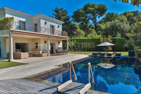 Maison de luxe à louer CAP D'ANTIBES, 274 m², 6 Chambres,