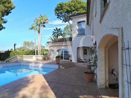Luxus-Villa zu verkaufen ANTIBES, 420 m², 5 Schlafzimmer, 13500000€