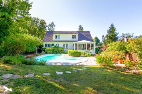 Luxury House for sale MAULE, 200 m², 4 Bedrooms, € 555 000