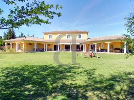Luxury House for sale L'ISLE SUR LA SORGUE, 497 m², 11 Bedrooms, €2500000