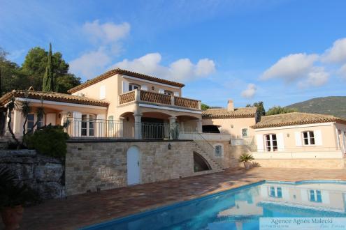 Luxus-Liegenschaft zu verkaufen CAVALAIRE SUR MER, 410 m², 5 Schlafzimmer, 2980000€