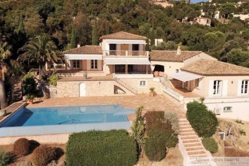 Propriété de luxe à vendre CAVALAIRE SUR MER, 410 m², 5 Chambres, 2980000€