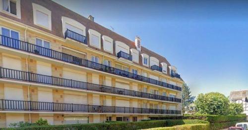 Квартира класса люкс на продажу  Довиль, 75 м², 2 Спальни, 619000€