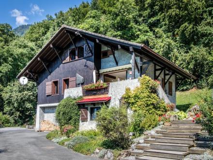 Luxury Chalet for sale VERCHAIX, 180 m², 5 Bedrooms, €550000