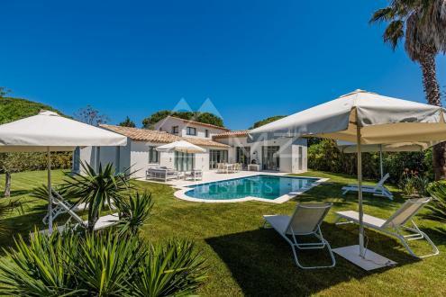Дом класса люкс в аренду Сен-Тропе, 245 м², 4 Спальни,