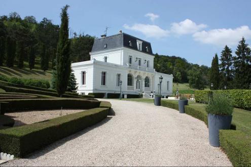 Luxury House for sale PACY SUR EURE, 400 m², 5 Bedrooms, €1290000
