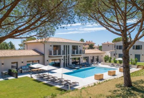 Appartement de luxe à louer LA CROIX VALMER, 430 m², 6 Chambres,
