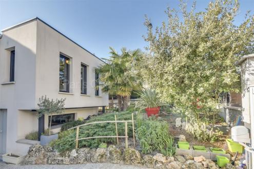 Maison de luxe à vendre SURESNES, 314 m², 6 Chambres, 1890000€