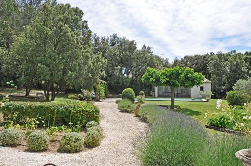 Luxury House for rent FONTVIEILLE, 150 m², 4 Bedrooms,