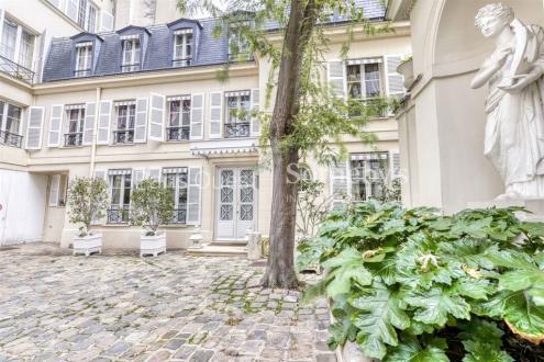 Luxury Town house for sale PARIS 7E, 151 m², 2 Bedrooms, €4900000