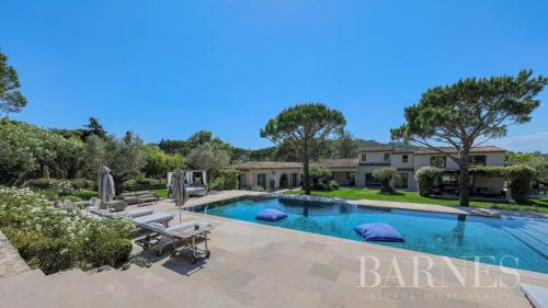 Luxury House for rent SAINT TROPEZ, 750 m², 9 Bedrooms,