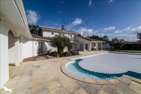 Luxus-Haus zu verkaufen SAINT JEAN DE MARSACQ, 292 m², 3 Schlafzimmer, 832000€