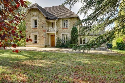 Maison de luxe à vendre SAINT EMILION, 300 m², 4 Chambres, 726140€