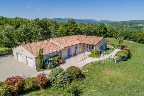 Villa di lusso in vendita SAINT MARTIN DE CASTILLON, 203 m², 4 Camere, 595000€