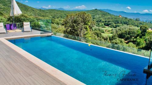 Maison de luxe à vendre ALATA, 145 m², 4 Chambres, 1100000€