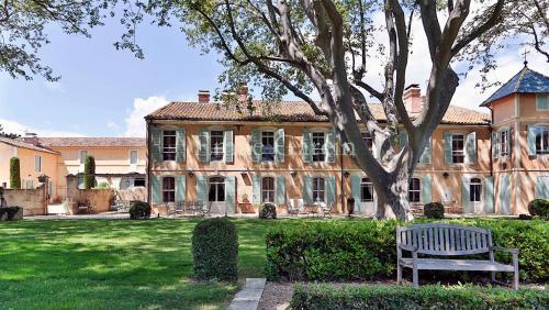 Maison de luxe à louer MOULES, 700 m², 11 Chambres,
