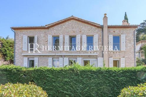 Maison de luxe à vendre NICE, 200 m², 5 Chambres, 1680000€