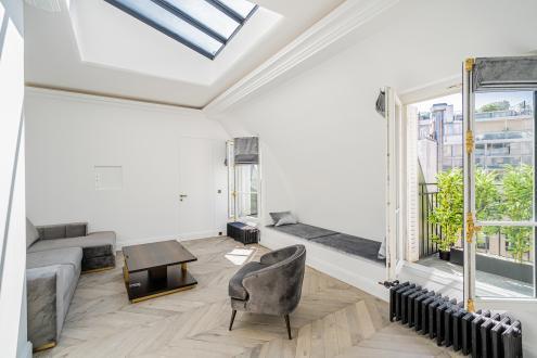Luxury Apartment for sale PARIS 8E, 82 m², 2 Bedrooms, €1995000