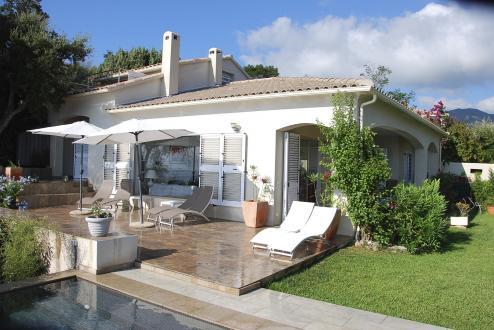 Propriété de luxe à vendre SOLENZARA, 140 m², 4 Chambres, 1150000€
