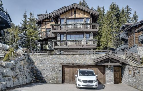 Luxury House for rent COURCHEVEL, 600 m², 6 Bedrooms