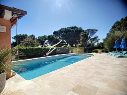 Villa de luxe à vendre FREJUS, 260 m², 3 Chambres, 1118000€