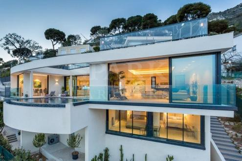 Villa di lusso in affito EZE, 360 m², 5 Camere