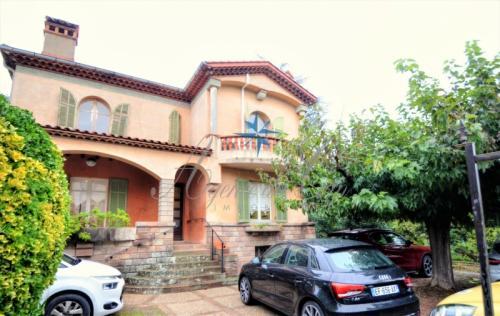 Casa di lusso in vendita FREJUS, 185 m², 4 Camere, 630000€