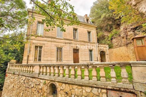 Château / Manoir de luxe à vendre AIX EN PROVENCE, 700 m², 8 Chambres, 1995000€