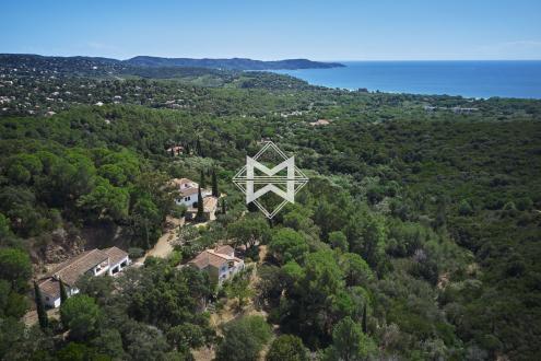 Propriété de luxe à vendre CAVALAIRE SUR MER, 815 m², 13 Chambres, 8500000€