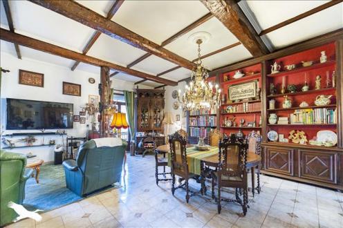 Maison de luxe à vendre PEZENAS, 410 m², 10 Chambres, 642675€